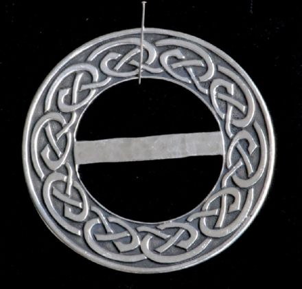 "Ladycrow Pewter Scarf Ring ""Nouveau Celtic"""